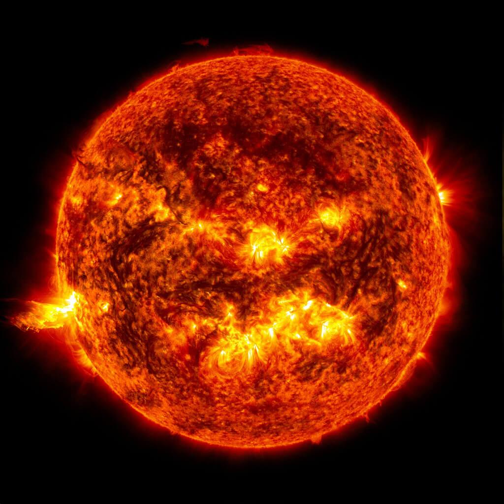 Robert Vowler Solar Storm